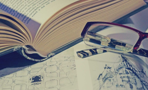 book-and-glasses-610x372.jpg